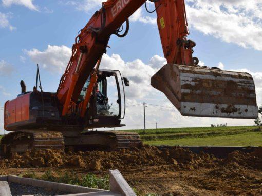 Tout travaux grue pelleteuse tractopelle pelle mécanique - Entreprise de terrassement - creuser les fondations - Tournai - Mons - Dour - Mouscron - Perulwez - Charleroi - Soignies